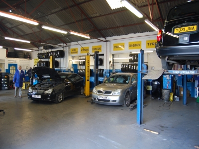 Best Fit Glasgow Land Rover Servicing Site